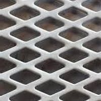 Chapa perfurada alumínio