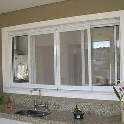 janela de alumínio branco